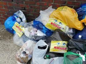 쓰레기 도시로 전락한 영광군…쓰레기 대란 한 달째